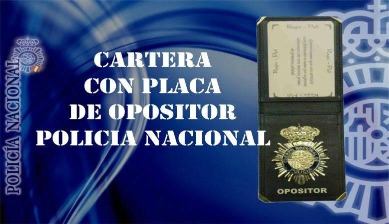 Cartera con placa de opositor Policía Nacional